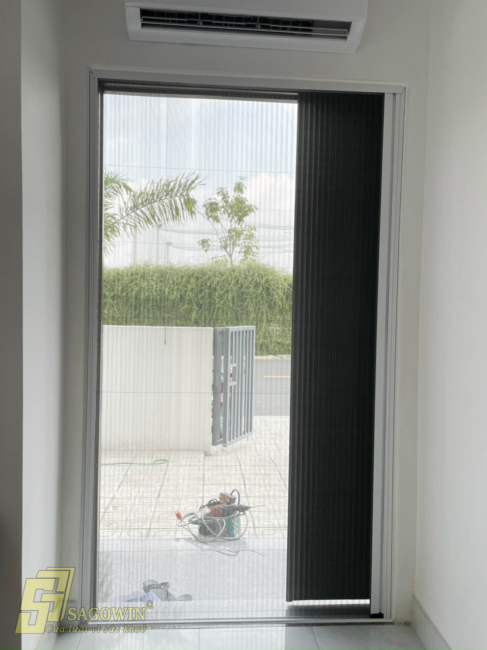 cửa đi xếp chồng muỗi