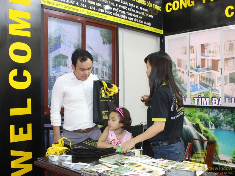 Cửa lưới chống muỗi Sài Gòn - Vietbuil